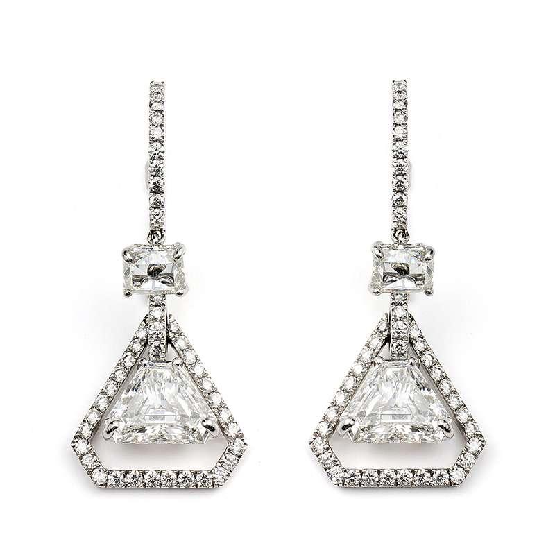 18k White Gold Trilliant Cut Diamond Earrings 3.07ct
